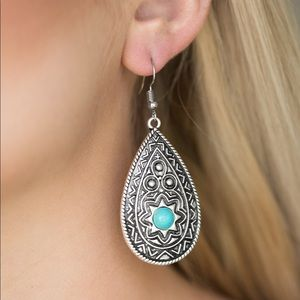 Paparazzi Summer Sol Blue Earrings